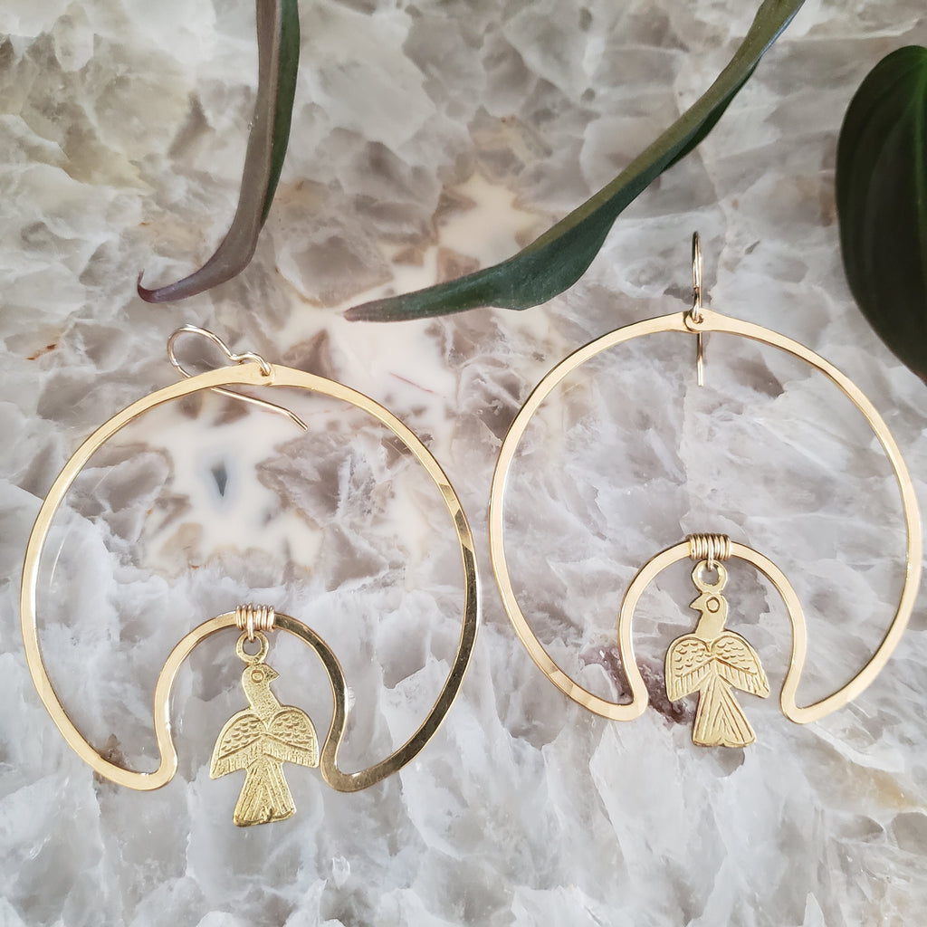 (c) Juvelarto Bird Cave Hoop Earrings
