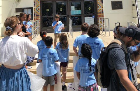 Plastic Oceans Partners with Youth Group to Advocate for Single-Use Plastic Straw Ban in Santa Monica. Posted by: Tod Hardin / Plastic Oceans Foundation.