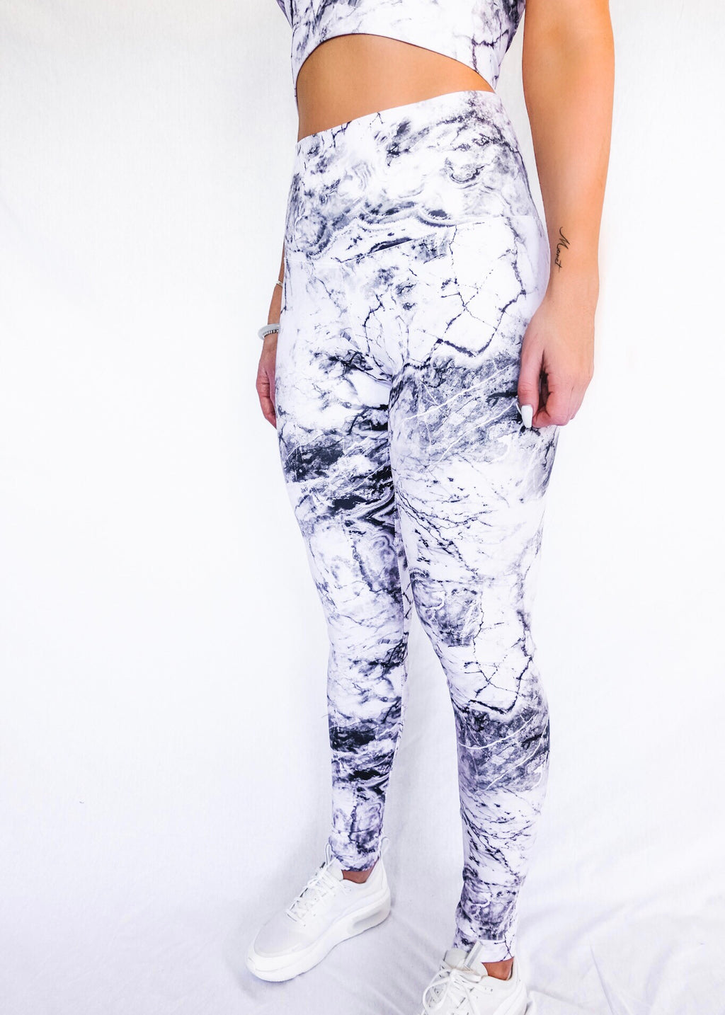 WHITE MARBLE LEGGINGS