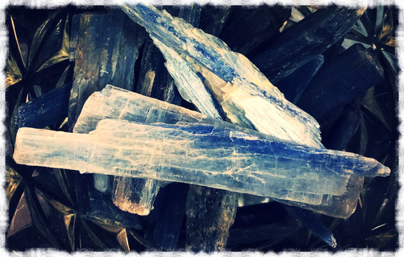 Blue Kyanite Blade