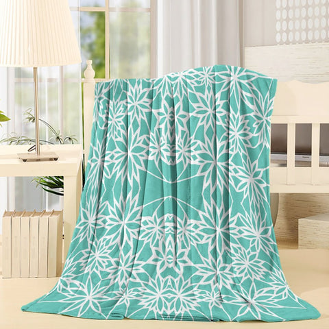 Green White Floral Lace Pattern Throw Blanket