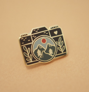 Enamel Pin - Camera