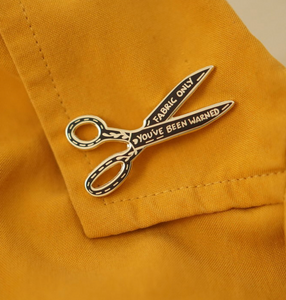 Enamel Pin - Fabric Scissors