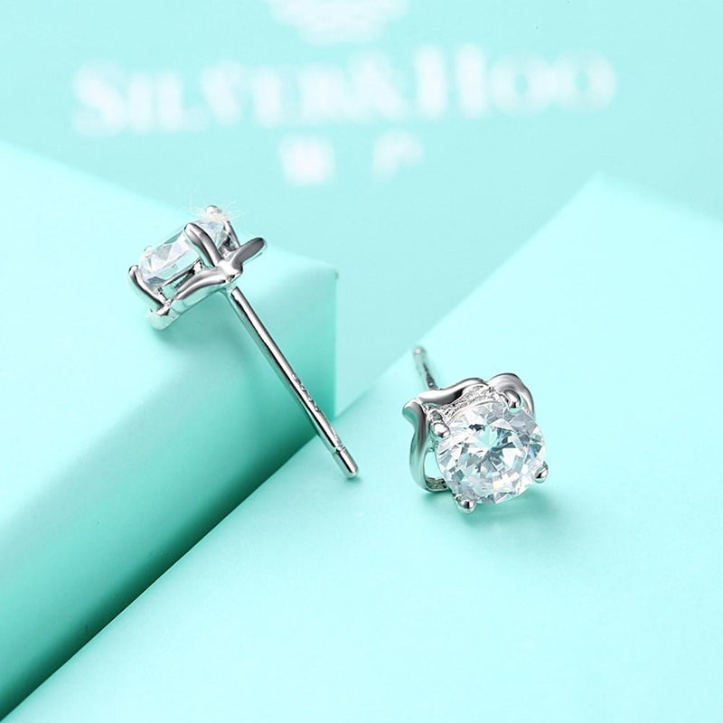 0.5ct. (5mm) Round Cubic Zirconia 925 Sterling Silver 4 Prong Unique Wave Stud Earrrings - Del Valle