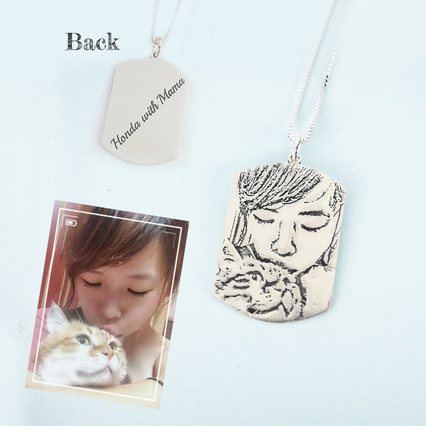 Personalized Picture Engraved Necklace in Silver - Del Valle