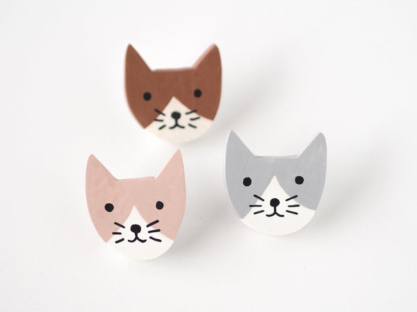 Cat Brooch Pin