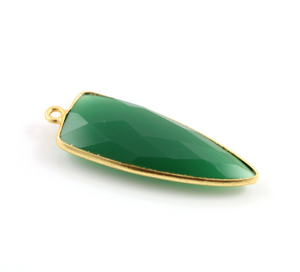 Green Onyx Faceted Arrowhead Bezel, (BZC9050/GOX) - Beadspoint