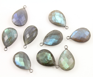 Amazing Blue Faceted Flash Labradorite Bezel, (Lab/PR/2001) - Beadspoint