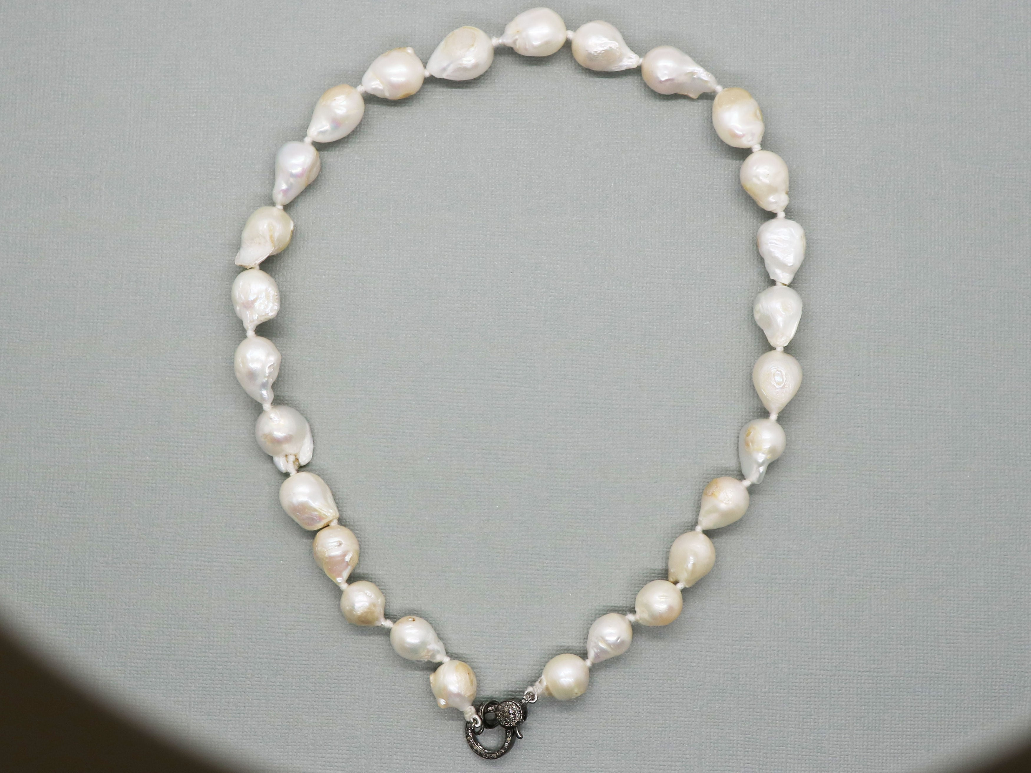 """D0410 2Row 20/"""" 10mm White Gray Round FW Pearl Necklace CZ Bowknot"""