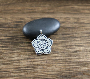 Sterling Silver Artisan OHM Charm -- SS/CH2/CR79