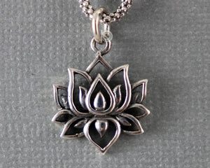 Sterling Silver Artisan Lotus Circle Charm -- SS/CH2/CR92 - Beadspoint