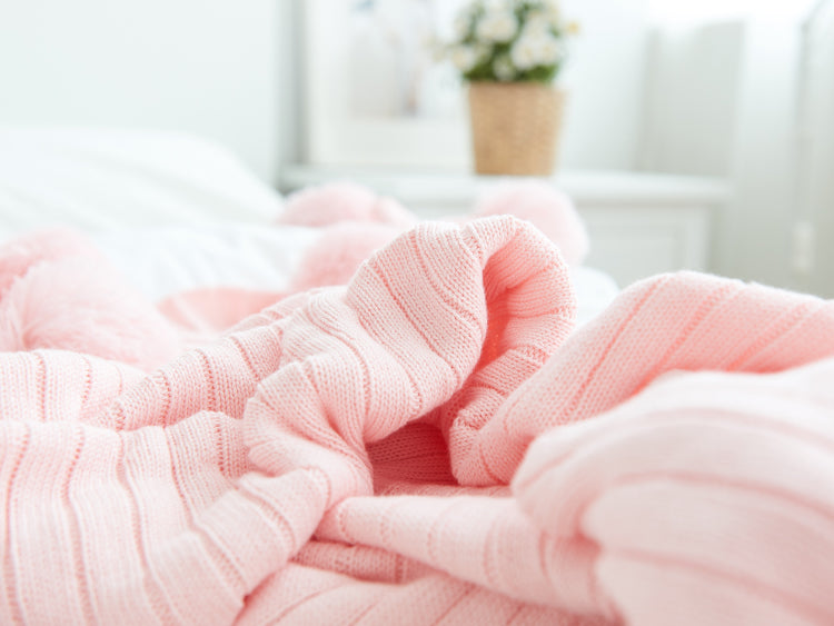 Cotton Baby Blanket with Pom Poms - Pink