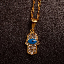 Load image into Gallery viewer, Bule Eye pendent with rhinestones with chain