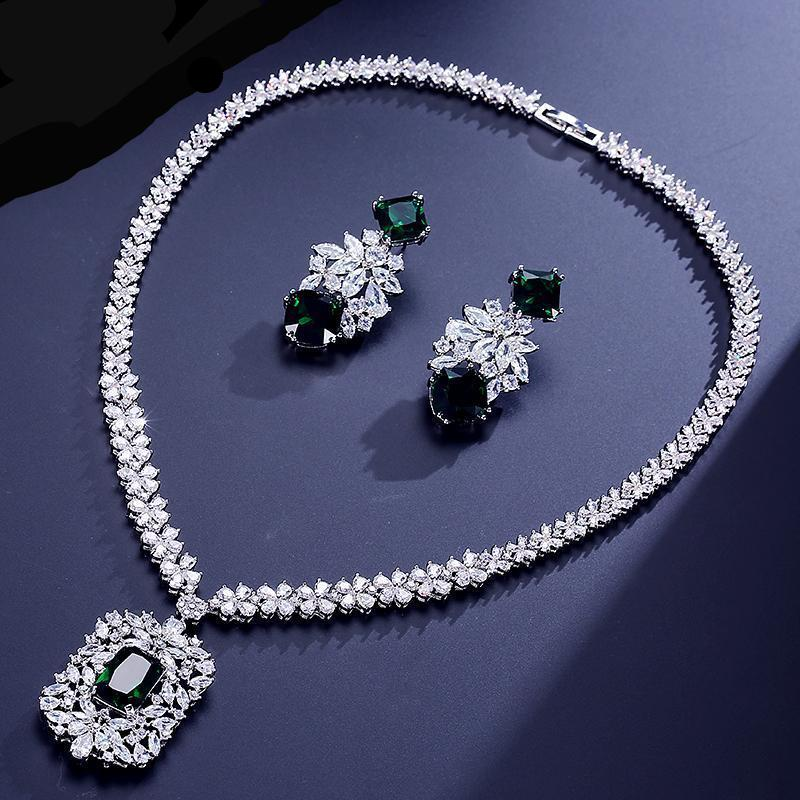 Cluster Cubic Zircon Jewelry Set Luxury Earrings and Tag Necklace Set