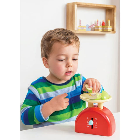 Image of Le Toy Van Wooden Weighing Scale - 5060023412896