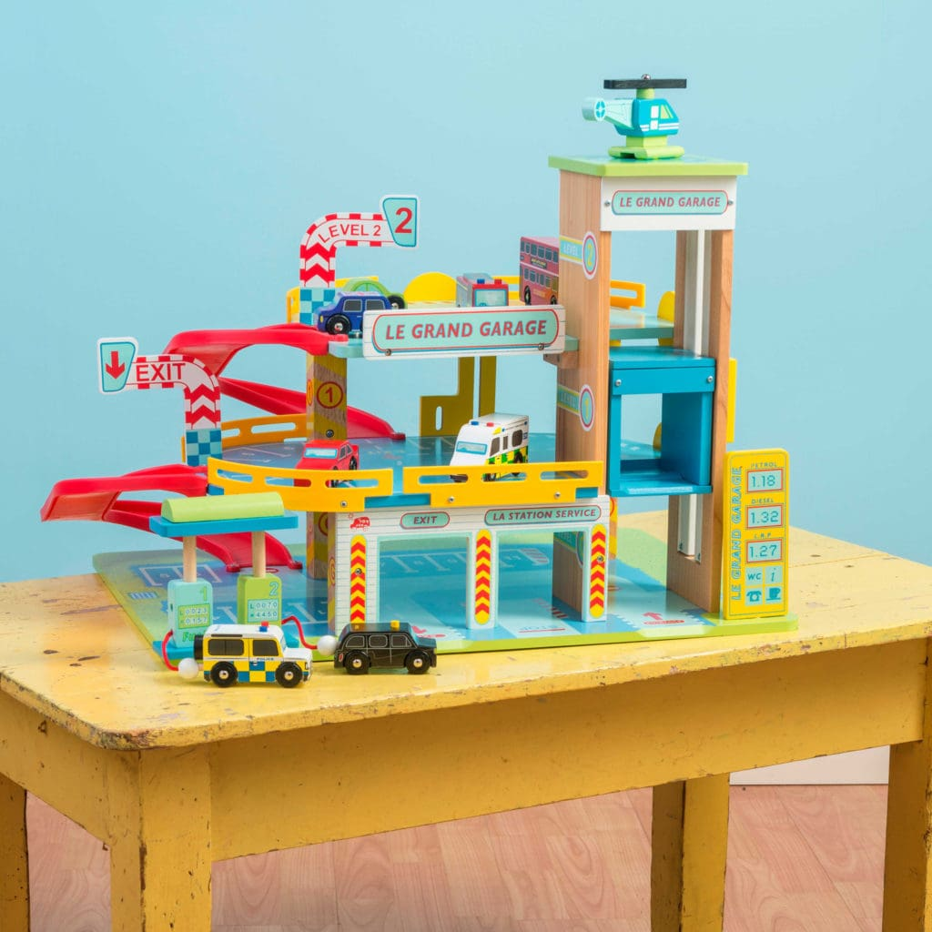 Le toy van wooden toy garage. brightminds