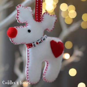 White and red reindeer decoration