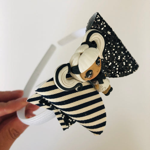 LOL doll inspired black and white bow