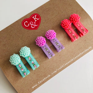 Mini floral clip set