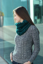 emerald green knitted infinity scarf