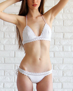 white scalloped bikini crochet