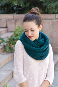emerald green thick knit hooded scarf