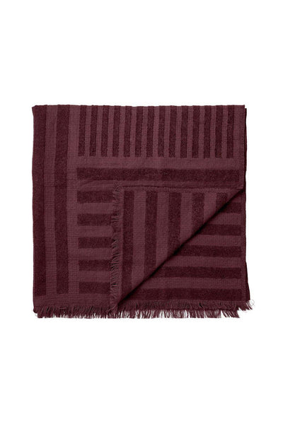 Contra Wool Throw, Bordeaux, 170x130 cm