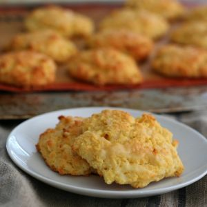 Cheesy Jalapeño Biscuits