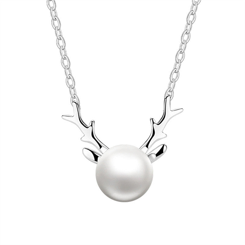Christmas Elk Pearl Necklace