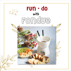 10 Fondue Ideas [Chocolate, Cheese, & Much More]