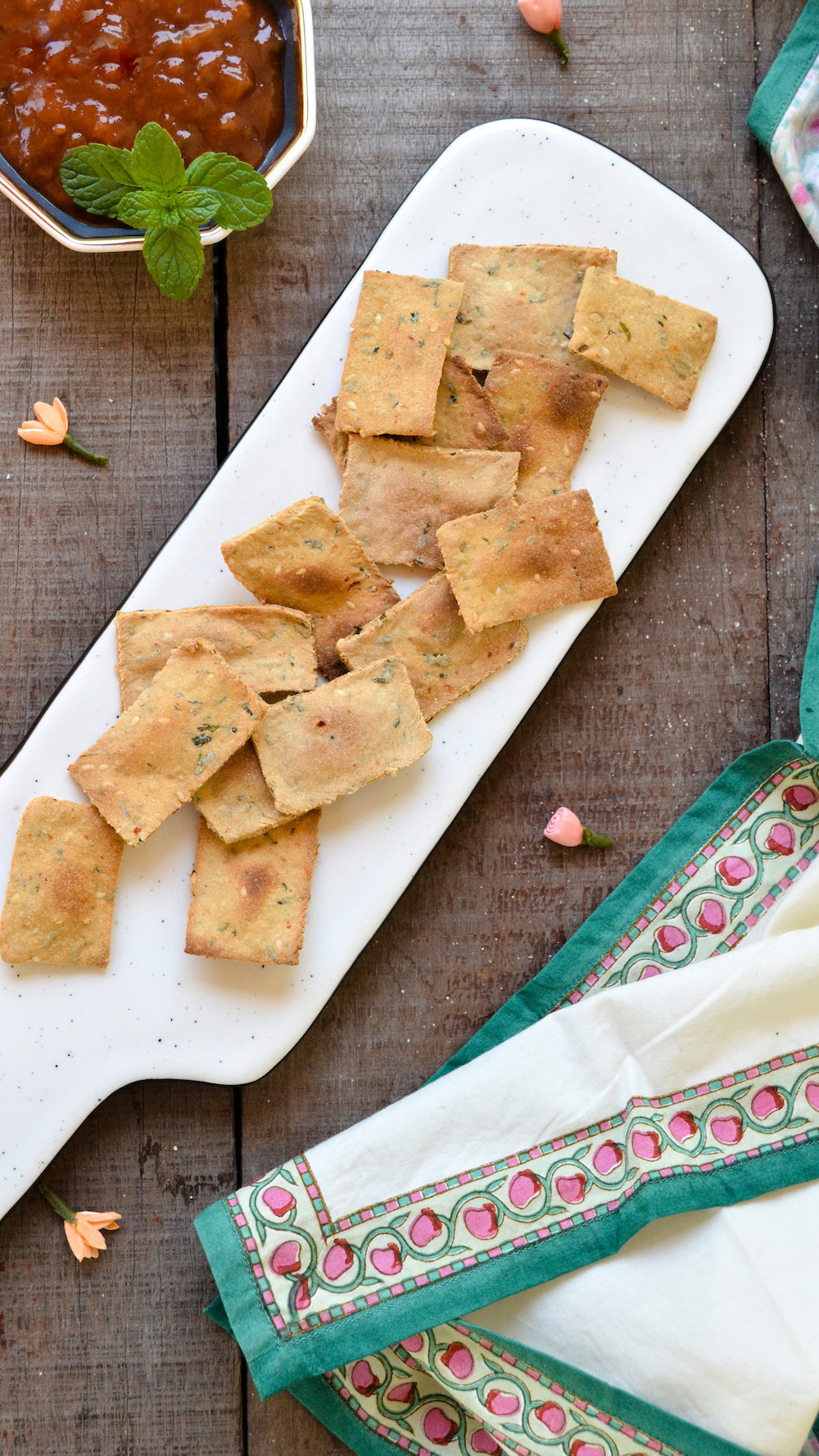 healthy homemade methi crackers