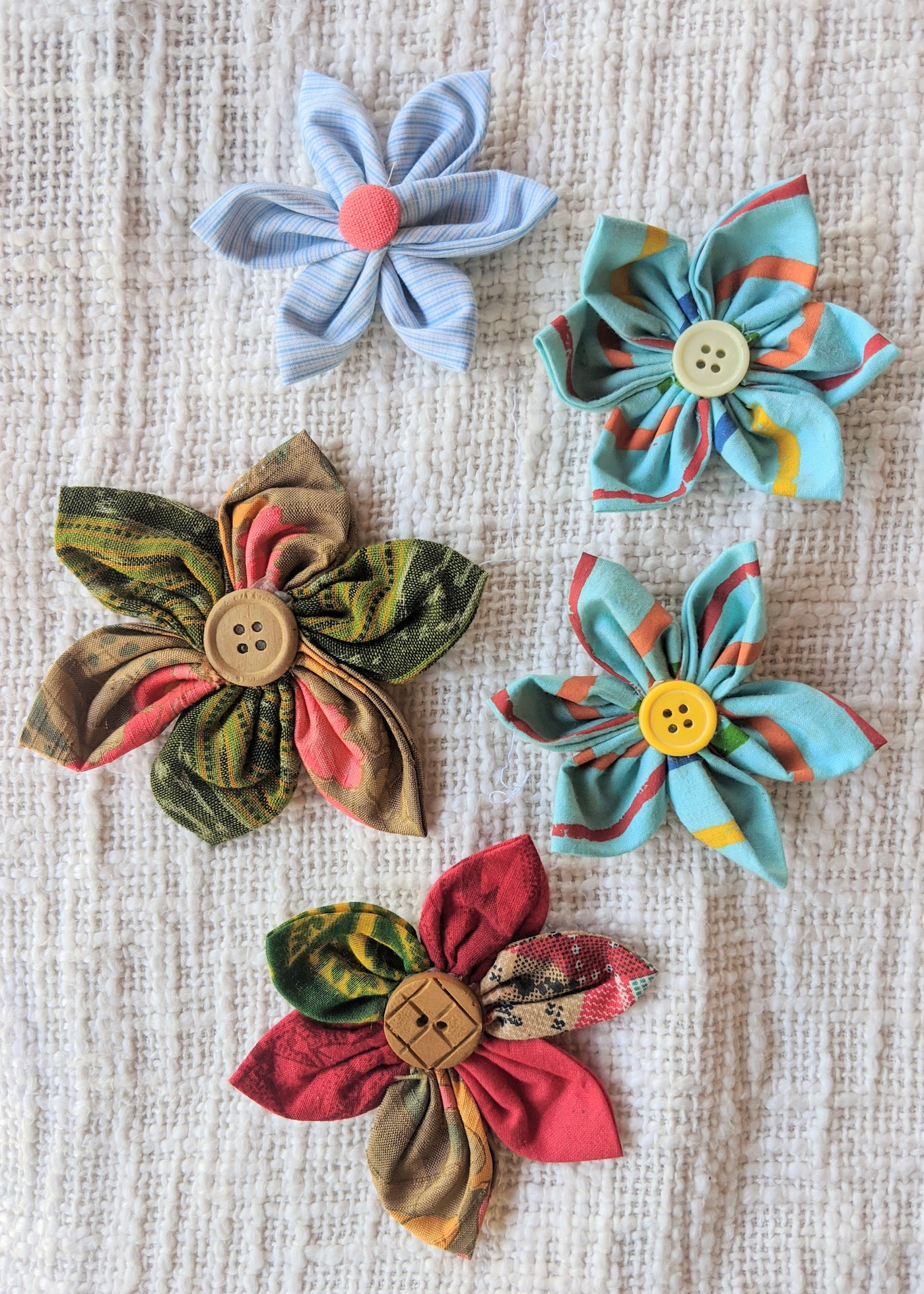 colourful fabric flower embellishments diy