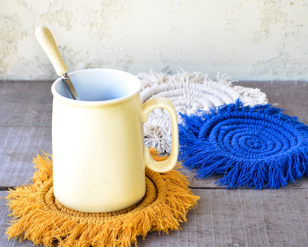 colourful macrame coasters diy