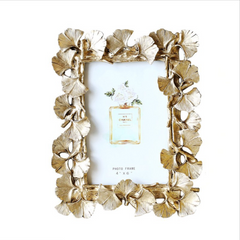MAGNIFIQUE Leaf Photo Frame - Gold (L) - Nestasia Home Decor