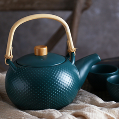 MAGNIFIQUE textured tea pot - midnight green - Nestasia Home Decor