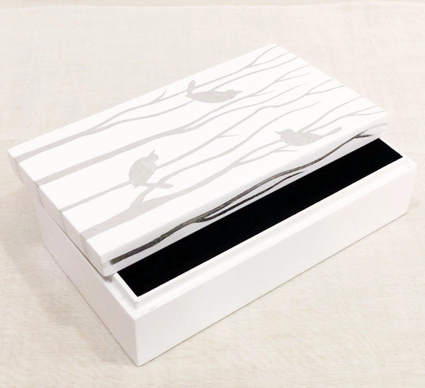 LACQUER Classic silver on white rectangle bird motif box - Nestasia Home Decor