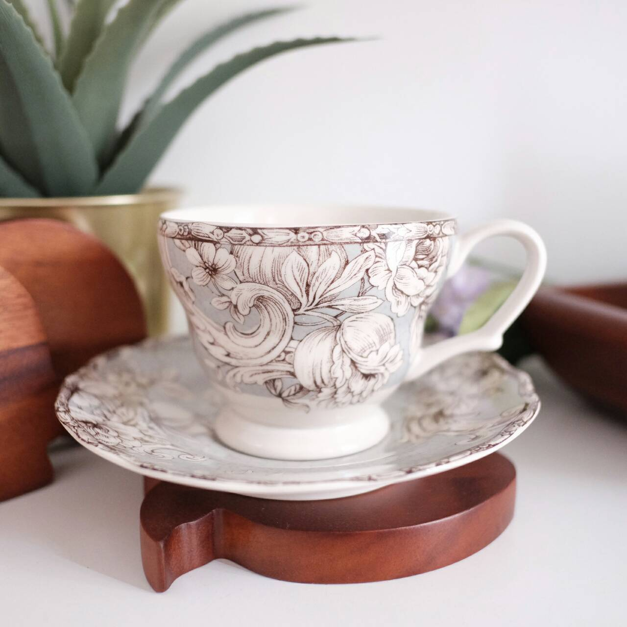 cup and saucer set of 6 with grey base and floral print