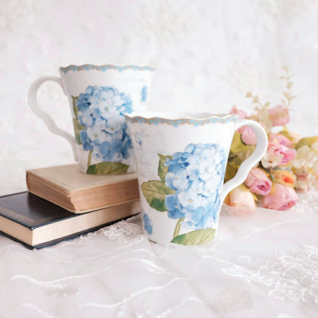 mug set of 4 with blue floral print