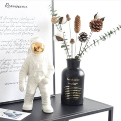 spaceman statue