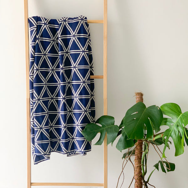 MERRY Double Sided Pattern Knitted Throw Blanket - Navy  and Cream - Nestasia Home Decor