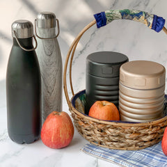 MAGNIFIQUE water bottle - Black - Nestasia Home Decor