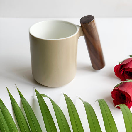 CHICERAMIC Ceramic mug with wooden handle-Beige