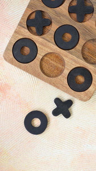 Wooden Knots & Crosses Game - Brown Black