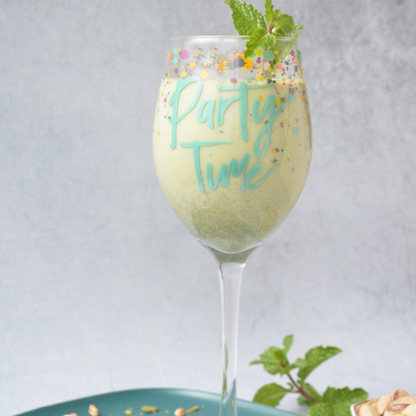 "MERRY ""Party Time"" Quote Stem glass - Green"
