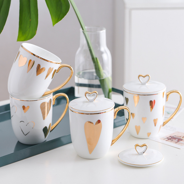 White Mugs with lid