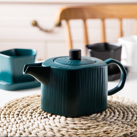 GEOMTERIC pentagon tea pot - mignight green