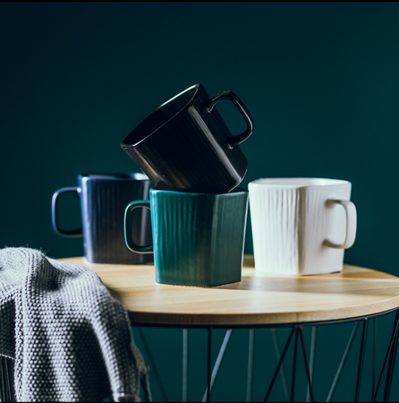 GEOMTERIC pentagon mug - midnight green
