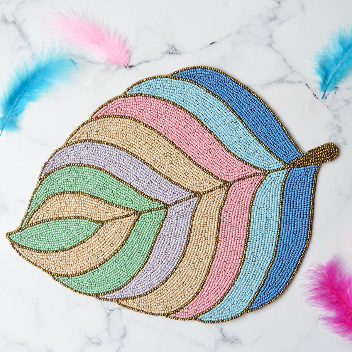 Beads Feather Mat