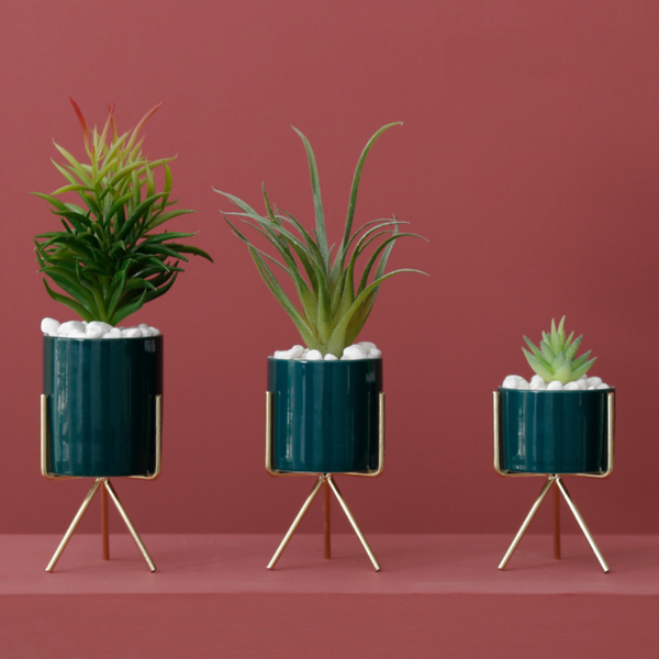 Green Planter With Stand