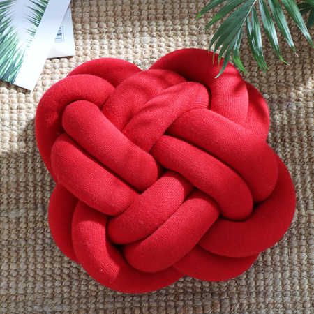 KNOTTED Pillow - red